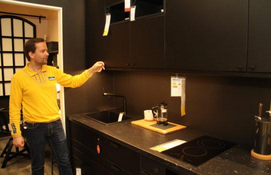 Zu großen Teilen aus recycletem Material: eine Einbauküche bei IKEA.