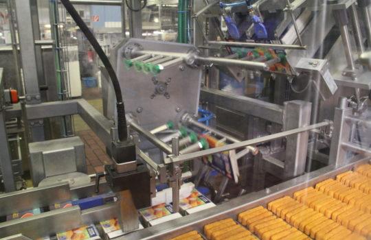 Versandfertig in Hochgeschwindigkeit:  Rund 220 Millionen FFI-Produkte werden jährlich in Bremerhaven produziert und nachhaltig verpackt.
