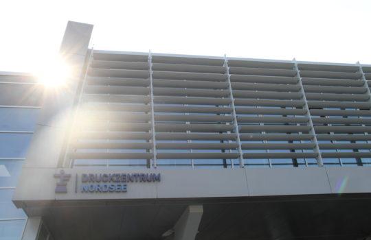 26 Millionen Euro Privatinvestition in zukunftsweisende und umweltfreundliche Technik: das Druckzentrum Nordsee in Bremerhaven.