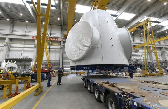 Bau der Turbinen und Rotorblätter