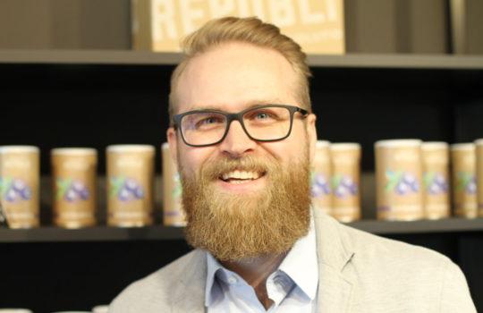 Wollte ein gesundes Lebensmittel und hat es selbst erfunden: Firmengründer und Fitness-Fan Hans-Henning Möller.