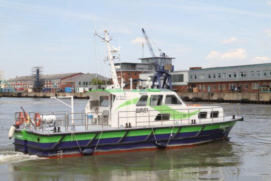 Das Arbeitsschiff