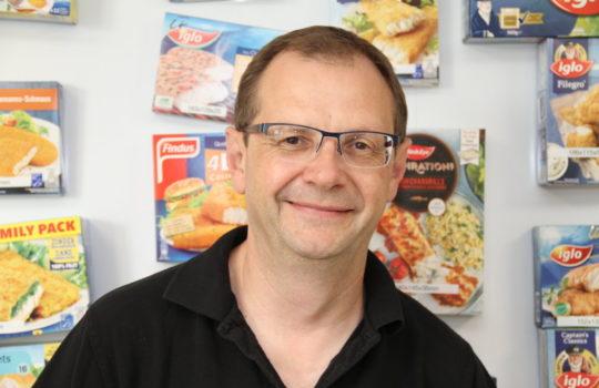 Steht für neue Ideen, Nachhaltigkeit und Verpackungen bei iglo/Frozen Fish: Chef-Entwickler Ralf Gaile. Foto: Helmut Stapel