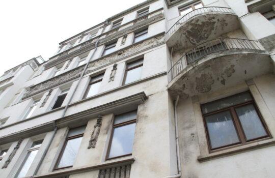 Gutes Objekt für die energetische Kernsanierung: das noch leerstehende Haus Nr. 218. Foto: Helmut Stapel