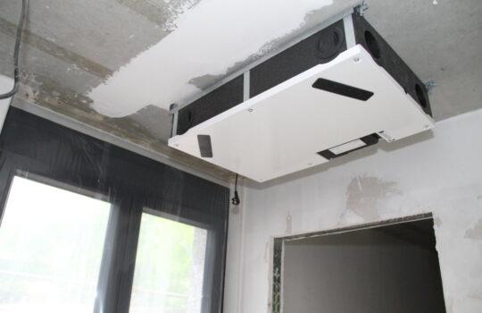 Hält die Wärme in der Wohnung: der Wärmetauscher. Foto: Helmut Stapel