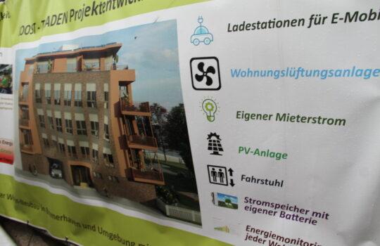 Vollvermietet: Das Baustellenschild hat mit den nachhaltigen Umweltparametern für große Nachfrage gesorgt. Foto: Helmut Stapel